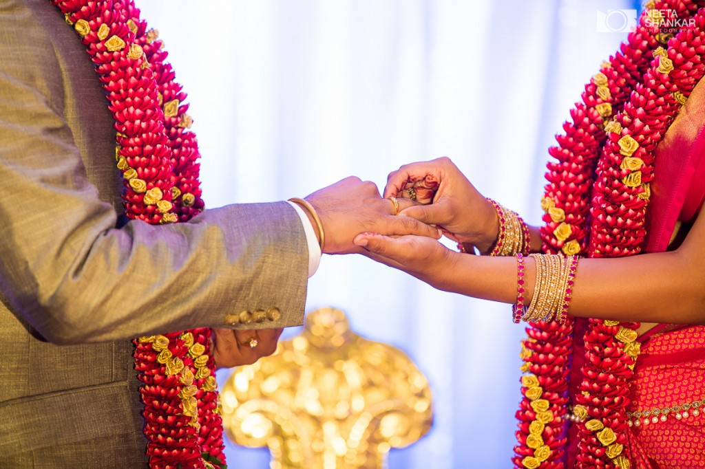 Neeta-Shankar-Photography-Bangalore-Mysore-best-Candid-Wedding-photographer-Pre-Wedding-Couple-shoot-destination-karnataka-police-bhavana30c
