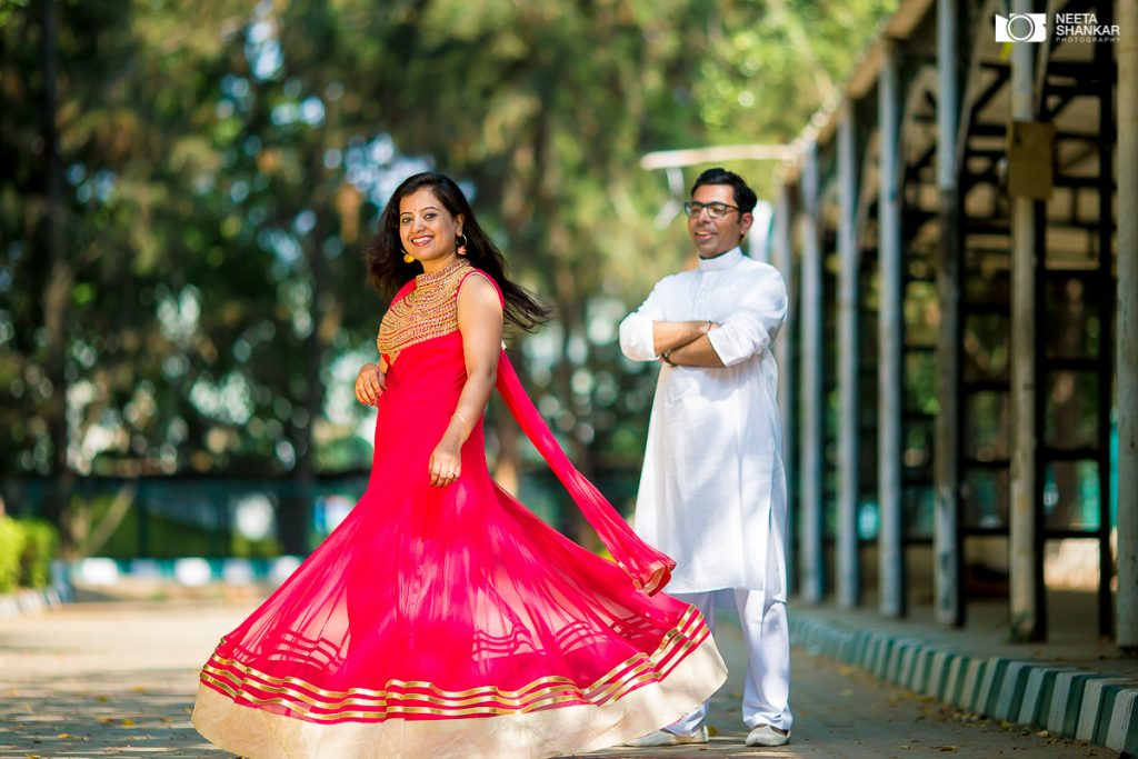Neeta-Shankar-Photography-Candid-Contemporary-Pre-Post-Wedding-Couple-Shoot-Lalbagh-Bangalore-Amazing-Couple