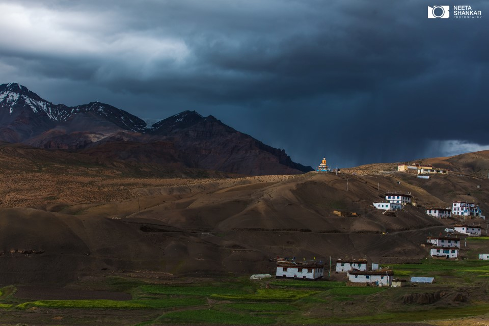 spiti-valley-breathtaking-picturesque-beautiful-photo-tour-neeta-shankar-photography-night-milkyway-long-exposure-haida-filter-vanguard-tripod